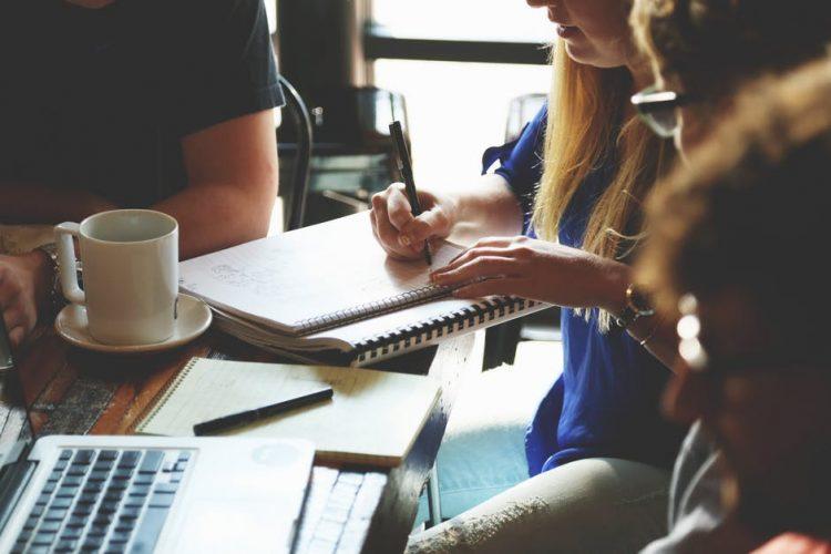 Dalla dipendenza all'uomo all'indipendenza da tutti: una riflessione sull'imprenditorialità femminile